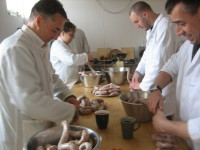 Sausage Making 24 April 2010_017.JPG